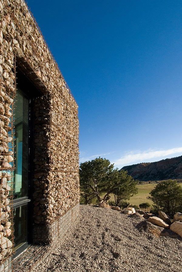 Buddhist Retreat 15 Modern Desert Sanctuary in Utah: The Buddhist Retreat by Imbue Design