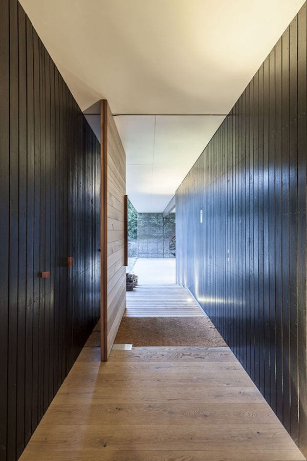 Rugged Fingal Residence by JAM Architects (11)