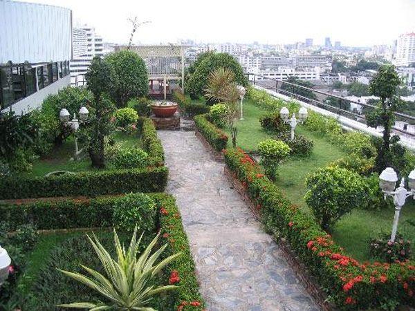 rooftop gardens 11 30 Rooftop Garden Design Ideas Adding Freshness to Your Urban Home