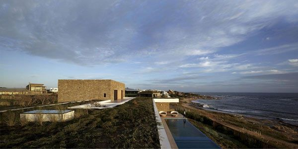 Buenos Mares Villa by RDR Arquitectos 5 Almost Secluded Villa On Uruguays Southern Coast