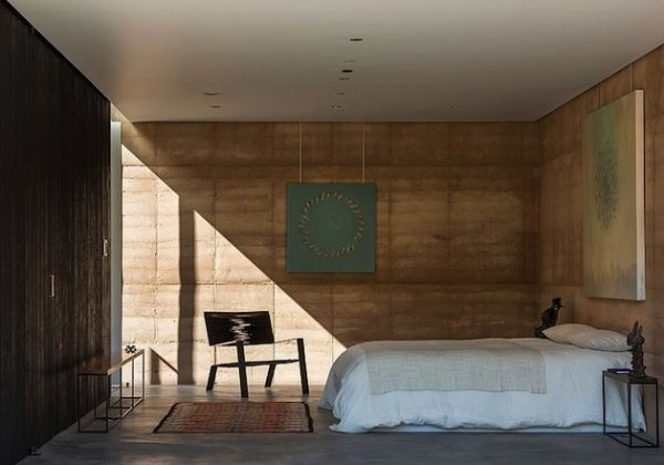 Rammed Earth Home in the Tucson Desert by Dust (17)