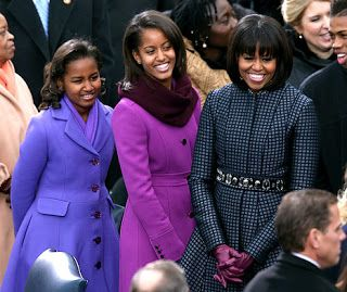 1358786487_sasha-malia-michelle-obama-46
