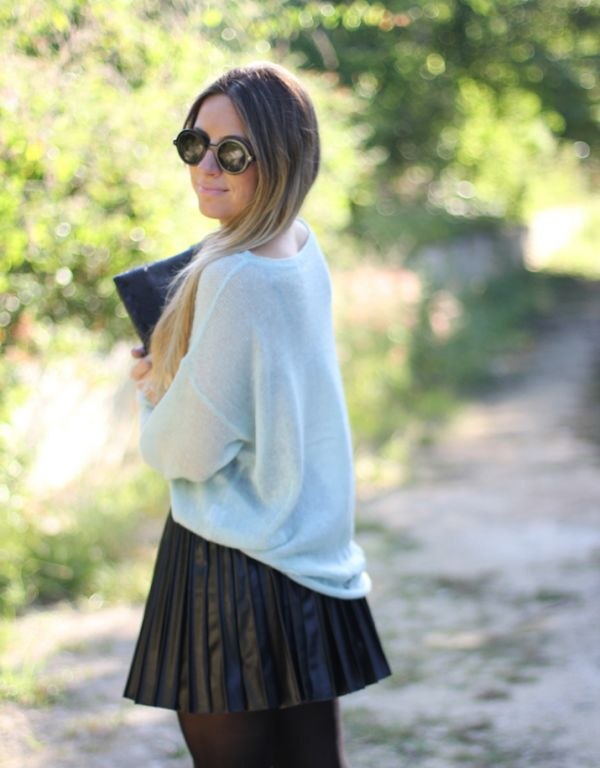 Leather pleated skirt blogger