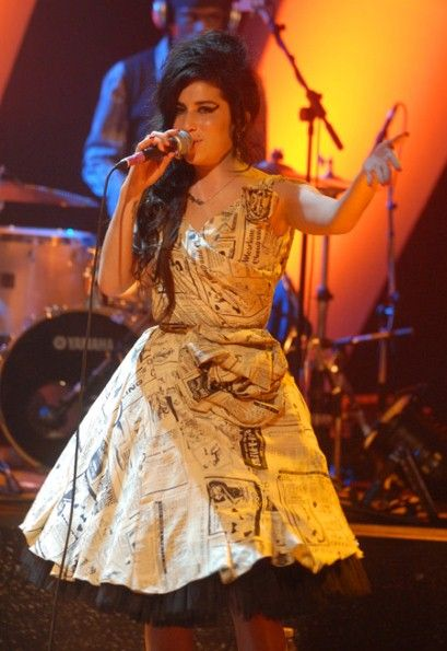 Amy Winehouse Moschino