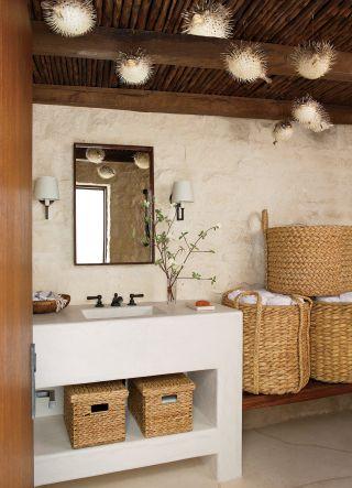 Beach Bathroom by Atelier AM and KAA Design in Laguna Beach, California