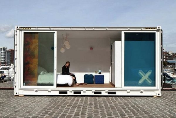 'Sleeping Around' Pop Up Shipping Container Hotel (12)