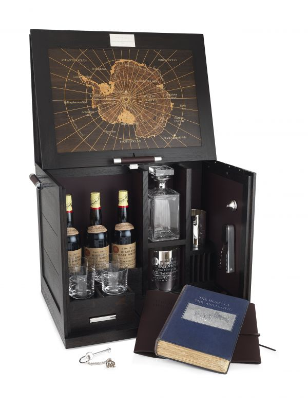... With A Topographical Map Of Antarctica, The Cabinet Also Comes Complete  With A British Made Lead Crystal Water Decanter, Six Crystal Whisky  Glasses, ...