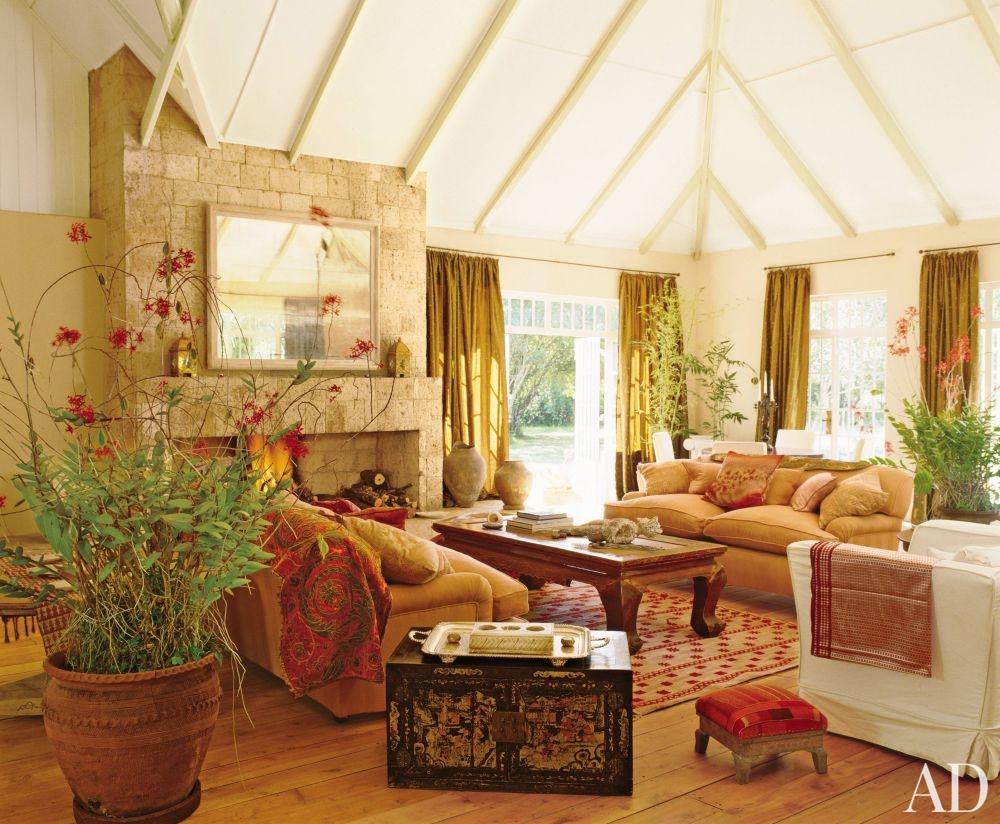 Exotic living room by elizabeth warner ad designfile for Living room designs kenya