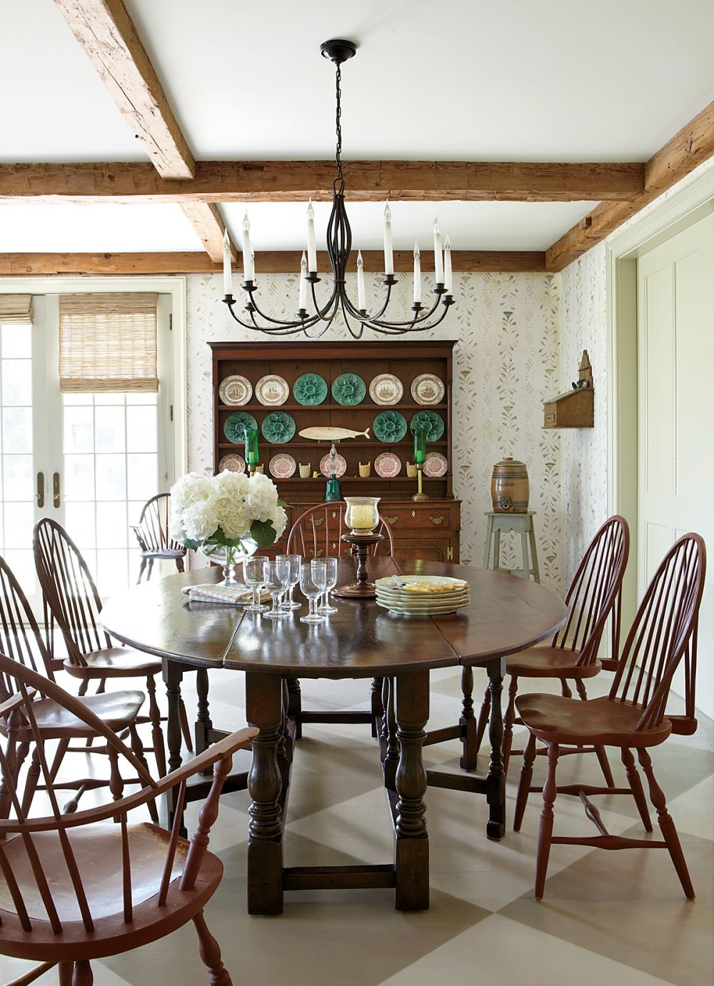 Traditional dining room by nantucket house antiques and for Traditional dining room