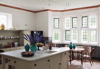 Traditional Kitchen by Robert Couturier Inc. and Edwin Luytens in Hampshire, England